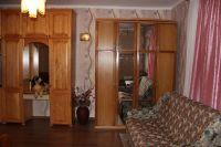 Продам однокомнатную квартиртиру с земельным участком на Ю.Б. Крыма.
